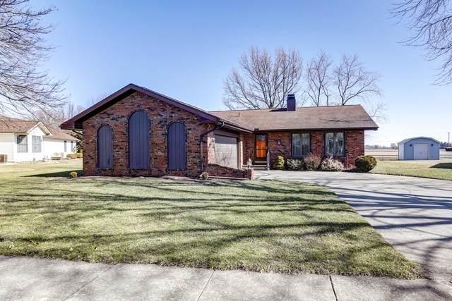 110 Rhine Boulevard, ARTHUR, IL 61911 (MLS #10658582) :: Helen Oliveri Real Estate