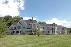 4104 Millstream Road, Marengo, IL 60152 (MLS #10660162) :: Suburban Life Realty