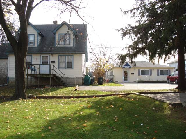 885 Dundee Road - Photo 1