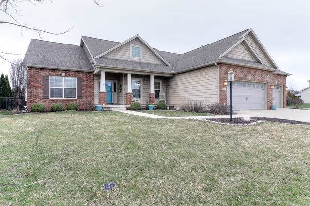 2201 Savanna Drive, Champaign, IL 61822 (MLS #10662251) :: Littlefield Group