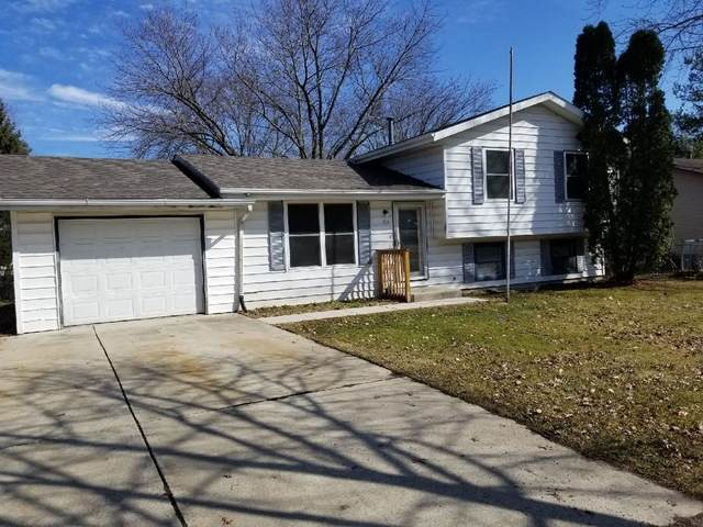 206 David Drive, Winnebago, IL 61088 (MLS #10663404) :: John Lyons Real Estate