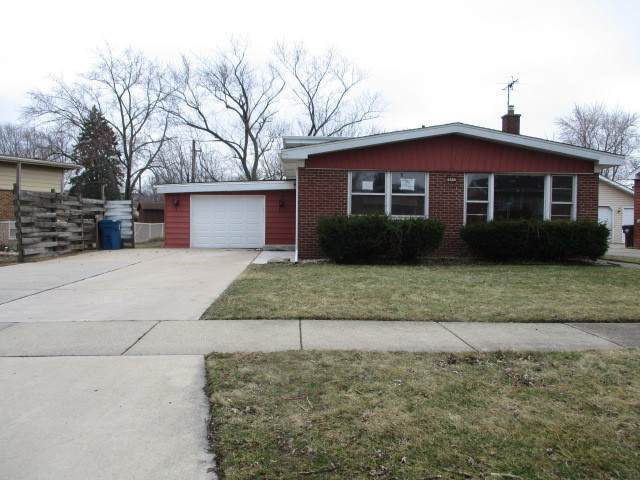 864 Willow Drive, Chicago Heights, IL 60411 (MLS #10663852) :: Angela Walker Homes Real Estate Group