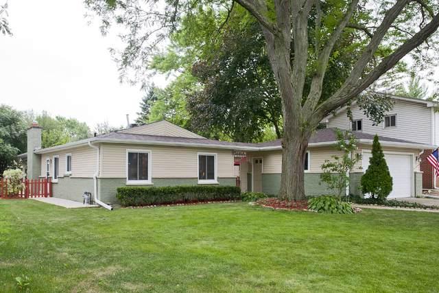 1805 E Maya Lane, Mount Prospect, IL 60056 (MLS #10664952) :: Helen Oliveri Real Estate