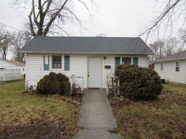 810 E Short Street, Tuscola, IL 61953 (MLS #10667525) :: Littlefield Group
