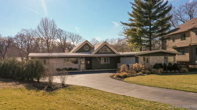 847 Santa Maria Drive, Naperville, IL 60540 (MLS #10667606) :: Property Consultants Realty
