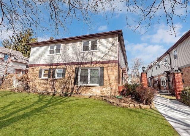 2020 W Lunt Avenue G, Chicago, IL 60645 (MLS #10668317) :: John Lyons Real Estate