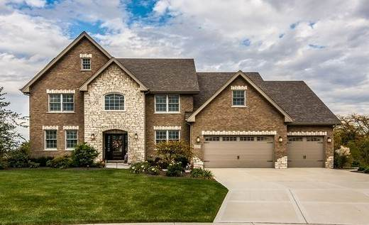 22795 Sara Springs Drive, Frankfort, IL 60423 (MLS #10668968) :: Century 21 Affiliated
