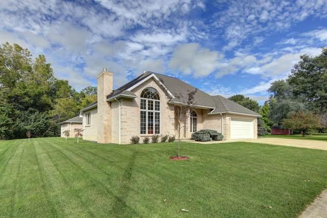 1114 W 19th Street, Sterling, IL 61081 (MLS #10669570) :: John Lyons Real Estate