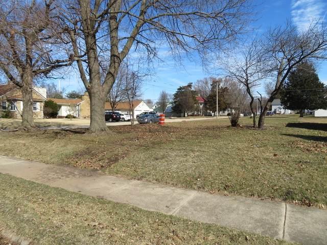 1412 2nd Avenue, Sterling, IL 61081 (MLS #10669638) :: John Lyons Real Estate