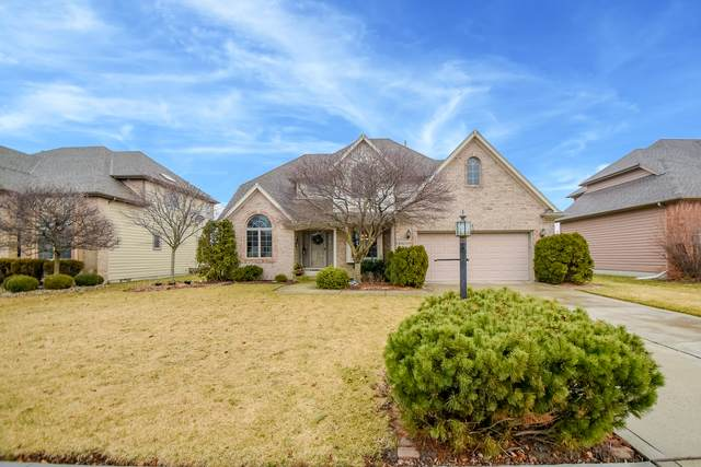 10021 Ashwood Lane, Munster, IN 46321 (MLS #10669805) :: Helen Oliveri Real Estate