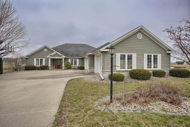3008 Beringer Circle, Urbana, IL 61801 (MLS #10669857) :: John Lyons Real Estate