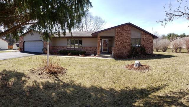 1701 37th Avenue, Sterling, IL 61081 (MLS #10670295) :: John Lyons Real Estate