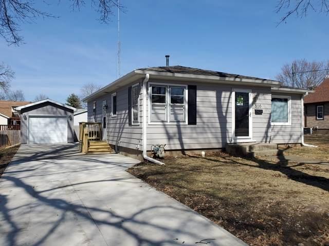 816 E 14th Street, Sterling, IL 61081 (MLS #10670440) :: John Lyons Real Estate