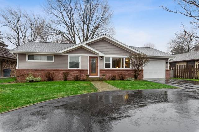 7443 W College Drive, Palos Heights, IL 60463 (MLS #10672542) :: The Wexler Group at Keller Williams Preferred Realty