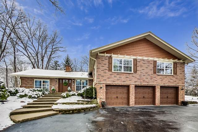 837 Hawthorne Lane, Libertyville, IL 60048 (MLS #10673440) :: Property Consultants Realty