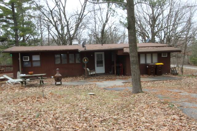 3912 S Cherry Valley Road, Woodstock, IL 60098 (MLS #10673603) :: Helen Oliveri Real Estate