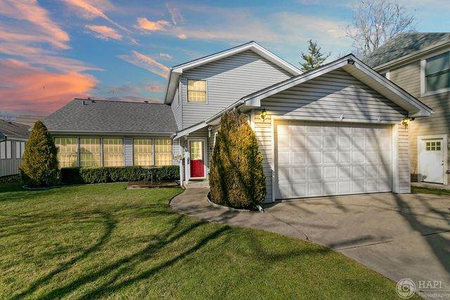 2236 Oak Avenue, Northbrook, IL 60062 (MLS #10674559) :: The Wexler Group at Keller Williams Preferred Realty