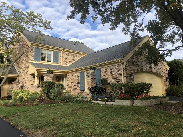 4 The Court Of Island, Northbrook, IL 60062 (MLS #10674576) :: Angela Walker Homes Real Estate Group