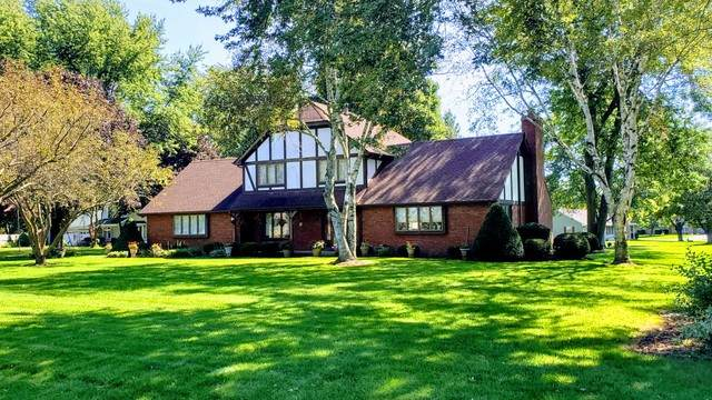 44W178 Pembroke Court, Sugar Grove, IL 60554 (MLS #10674622) :: Touchstone Group