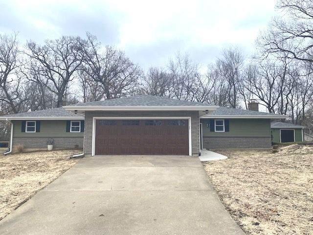 2244 Clouse Lane, Dixon, IL 61021 (MLS #10674867) :: Suburban Life Realty