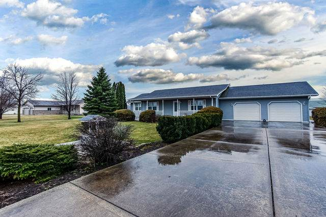 3305 School Drive, Morris, IL 60450 (MLS #10675080) :: Suburban Life Realty