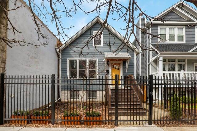 2622 N California Avenue, Chicago, IL 60647 (MLS #10676401) :: Touchstone Group