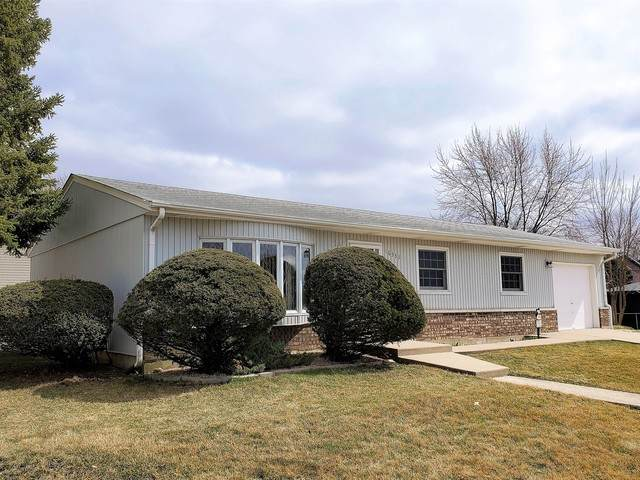 16333 76th Avenue, Tinley Park, IL 60477 (MLS #10676841) :: The Mattz Mega Group