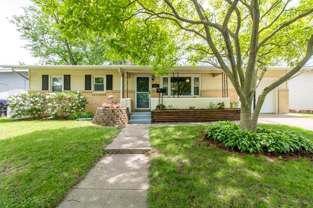 814 Mayflower Avenue, Bloomington, IL 61701 (MLS #10677899) :: Angela Walker Homes Real Estate Group