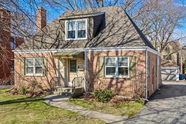 732 S La Grange Road, La Grange, IL 60525 (MLS #10678015) :: Angela Walker Homes Real Estate Group