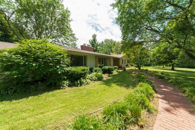 67 Hills And Dales Road, Barrington, IL 60010 (MLS #10678051) :: Property Consultants Realty