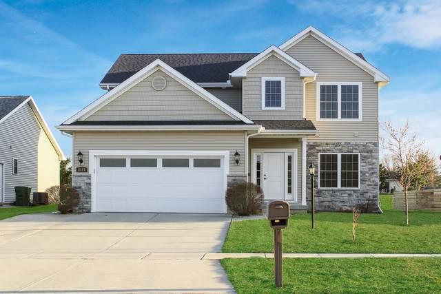 2117 E Slade Lane E, Mahomet, IL 61853 (MLS #10678204) :: Property Consultants Realty