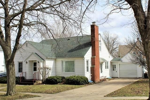 502 S Clinton Street, Morrison, IL 61270 (MLS #10678507) :: Suburban Life Realty