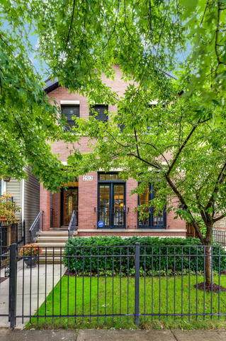 2512 N Artesian Avenue, Chicago, IL 60647 (MLS #10678597) :: Ryan Dallas Real Estate