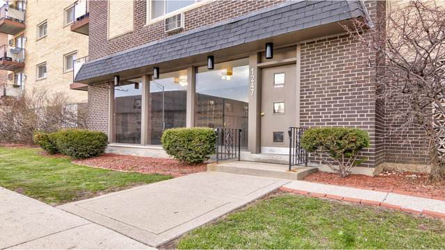 1247 S Harlem Avenue #301, Berwyn, IL 60402 (MLS #10679127) :: The Mattz Mega Group