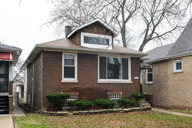 8113 S Crandon Avenue, Chicago, IL 60617 (MLS #10679266) :: Helen Oliveri Real Estate