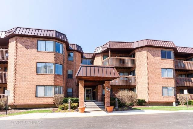 6425 Clarendon Hills Road #109, Willowbrook, IL 60527 (MLS #10679706) :: The Dena Furlow Team - Keller Williams Realty