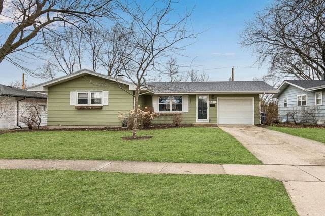 1810 Evergreen Street, St. Charles, IL 60174 (MLS #10679719) :: The Wexler Group at Keller Williams Preferred Realty