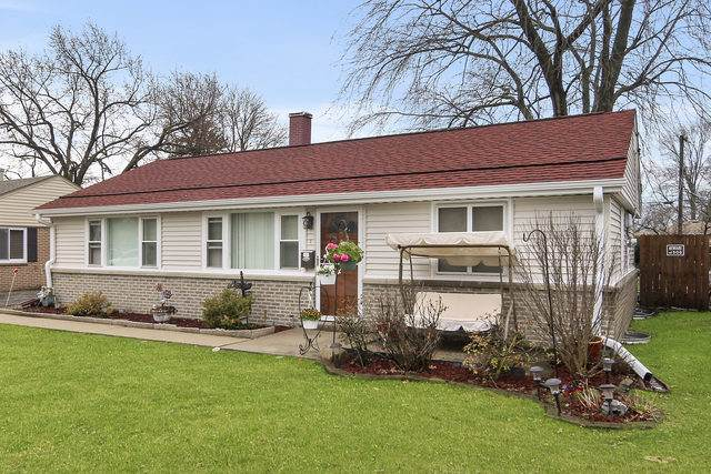 4921 Oak Center Drive, Oak Lawn, IL 60453 (MLS #10679887) :: Angela Walker Homes Real Estate Group