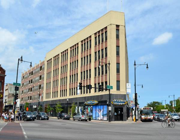 4015 N Milwaukee Avenue #305, Chicago, IL 60641 (MLS #10679939) :: Suburban Life Realty