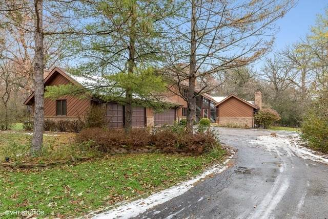 6 Wooded Lane, Hawthorn Woods, IL 60047 (MLS #10680432) :: Helen Oliveri Real Estate