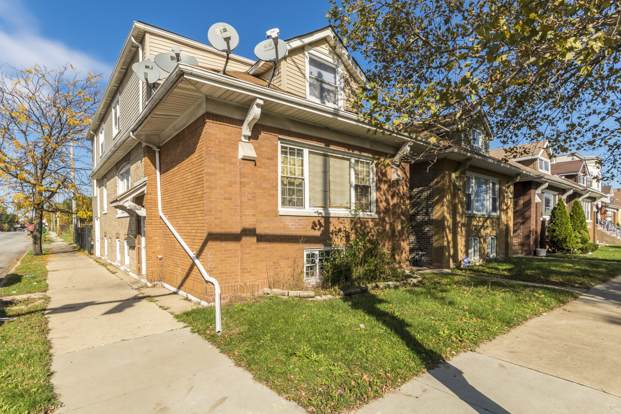 5172 W Bloomingdale Avenue, Chicago, IL 60639 (MLS #10680450) :: Lewke Partners