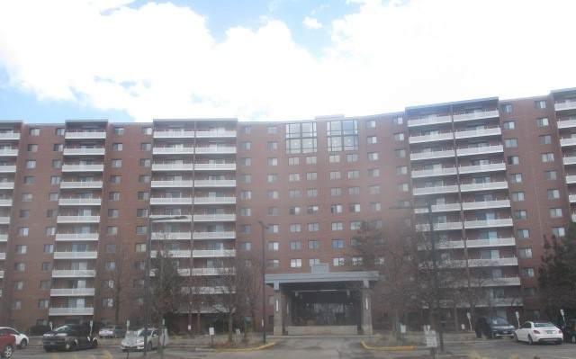 21 Kristin Drive #824, Schaumburg, IL 60195 (MLS #10680497) :: BN Homes Group
