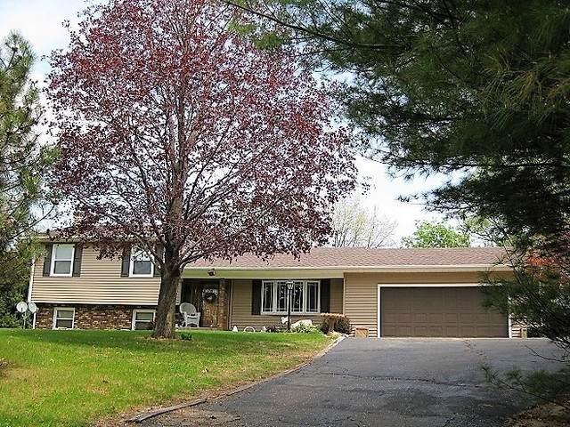 630 Hillandale Drive, Morrison, IL 61270 (MLS #10680662) :: Suburban Life Realty