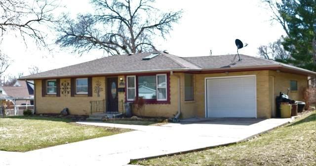 2612 Carmac Road, Rockford, IL 61101 (MLS #10680738) :: Suburban Life Realty