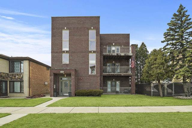 2542 N 75th Court #3, Elmwood Park, IL 60707 (MLS #10681448) :: Property Consultants Realty