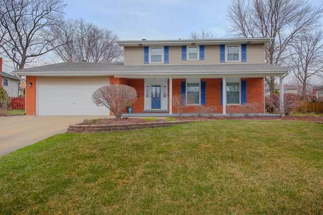 610 70th Street, Darien, IL 60561 (MLS #10681703) :: John Lyons Real Estate