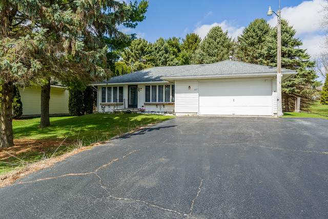 127 Brandywine Drive, Poplar Grove, IL 61065 (MLS #10681900) :: Jacqui Miller Homes