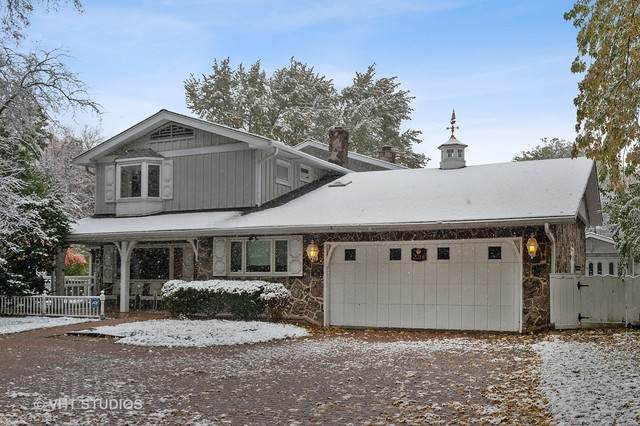 2218 Old Glenview Road, Wilmette, IL 60091 (MLS #10682166) :: Jacqui Miller Homes