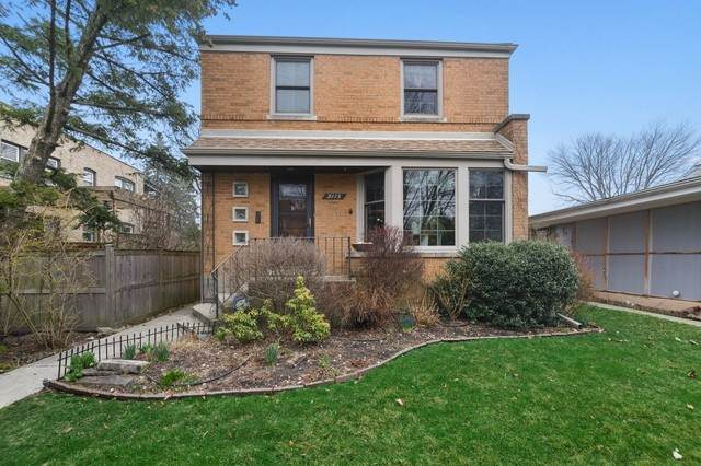 9115 Ewing Avenue, Evanston, IL 60203 (MLS #10682341) :: John Lyons Real Estate
