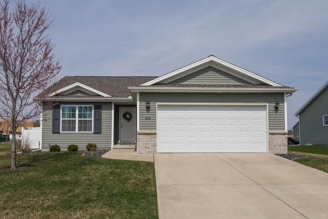 302 Thicket, Normal, IL 61761 (MLS #10683011) :: Jacqui Miller Homes